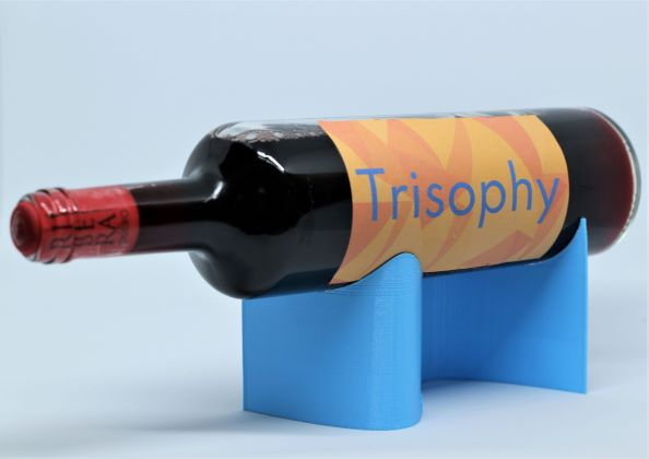 Functional light blue easy to print wine display